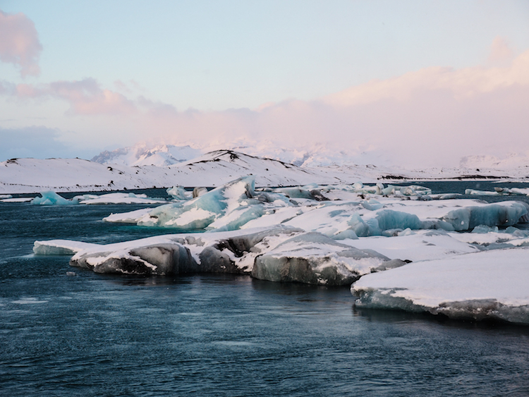 Jokulsarlon gletsjermeer in ijsland