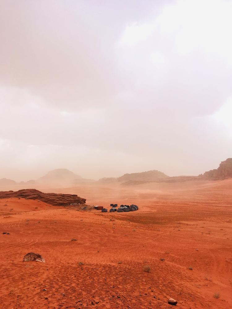 Kamp in de woestijn wadi rum