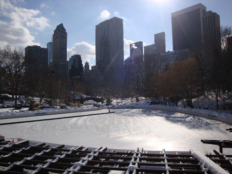 Kerst in New York Central Park schaatsbaan