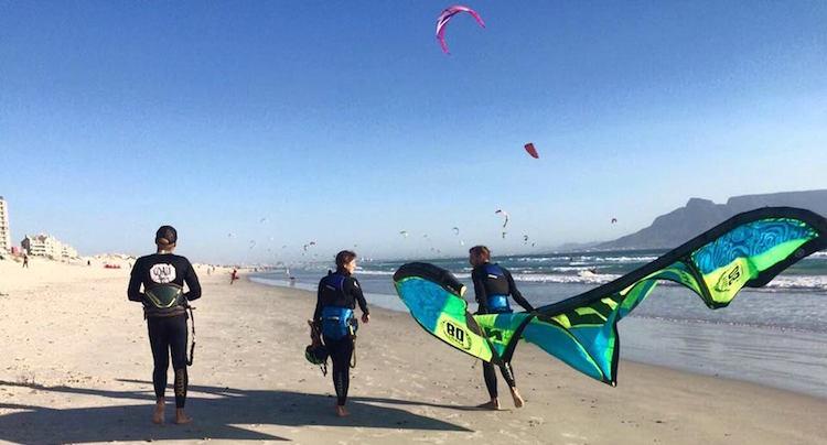 Kiten blouberg kitesurfen kiteles
