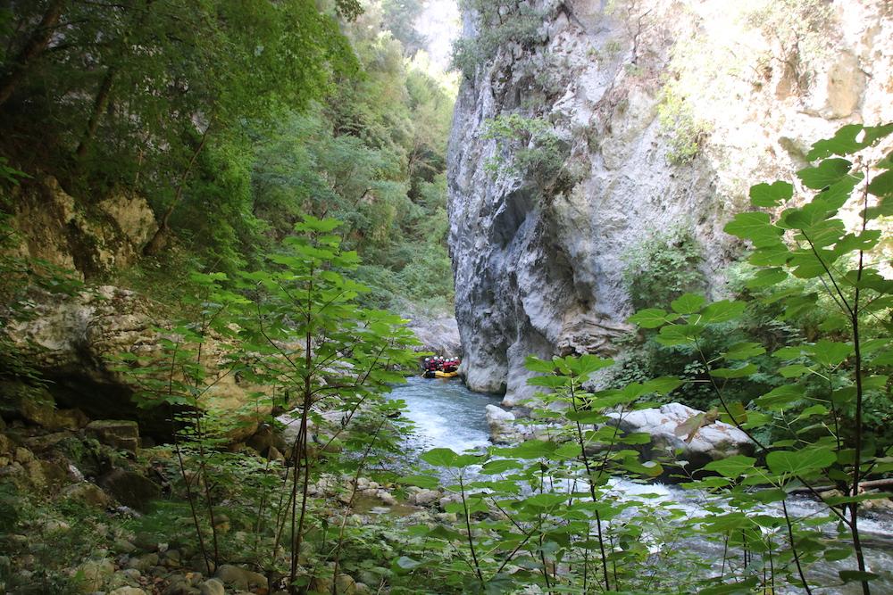 Lao rivier in italie raften
