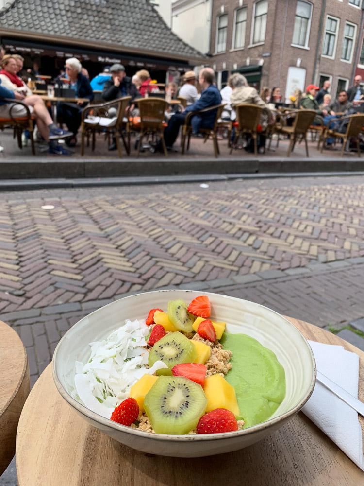 Loua Juicebar Utrecht terras