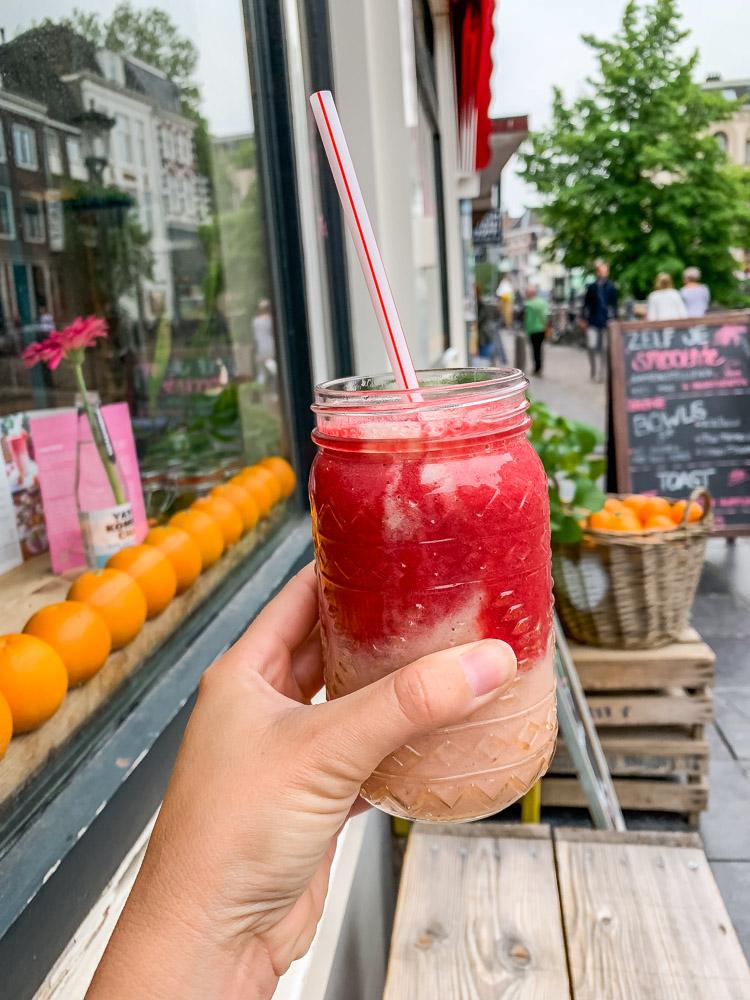 Loua Juicebar smoothie beet utrecht