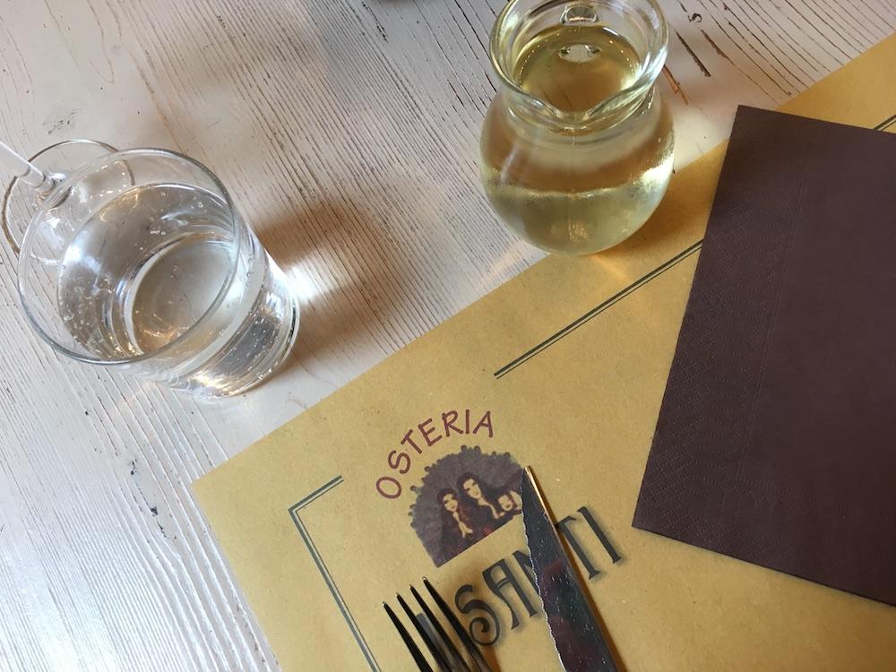 Lunchen rondom de toren van Pisa con vino
