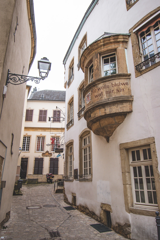 Luxemburg mir wolle bleiwe wat mir sin