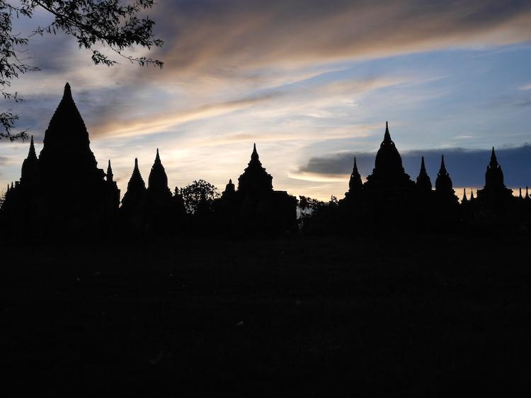 Myanmar zonsondergang
