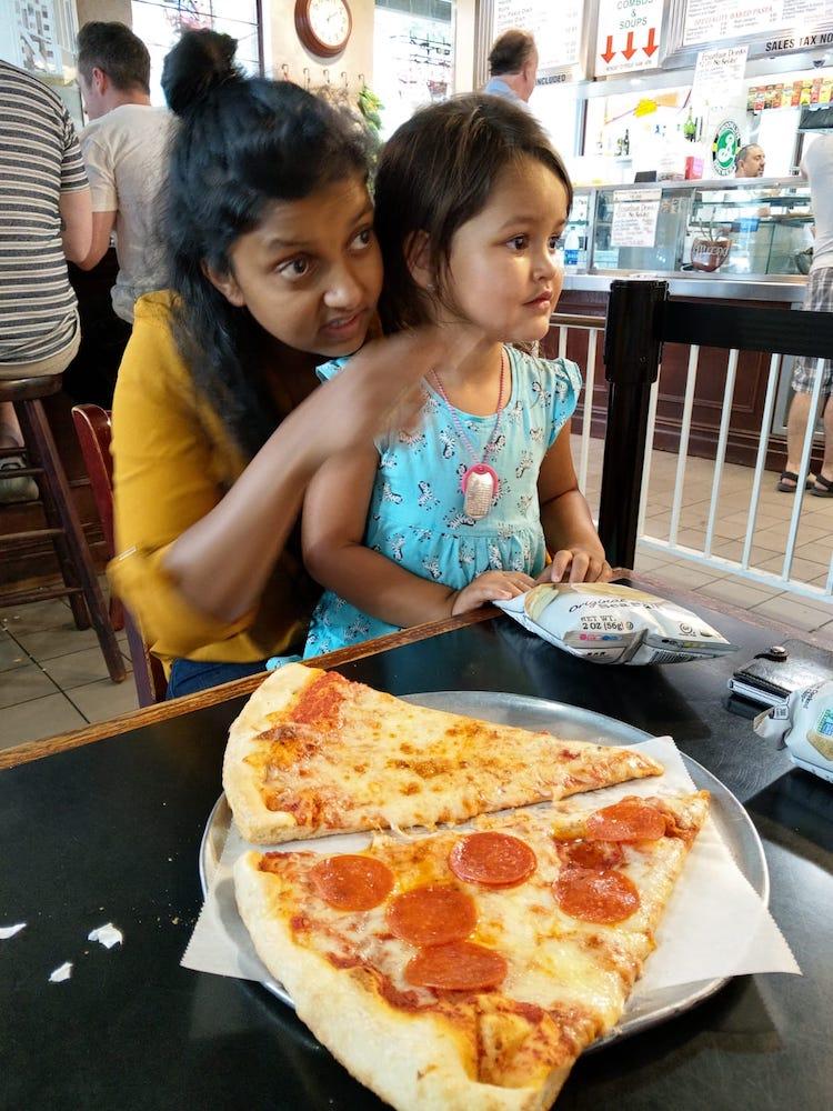 New York met kinderen uit eten Front Seat Pizza