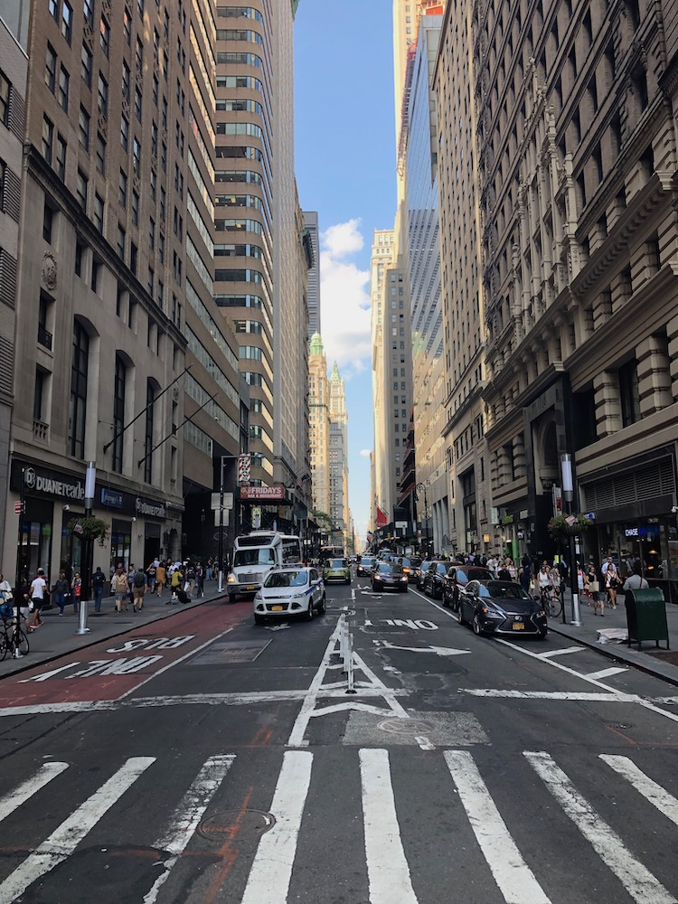 New York tips Manhattan