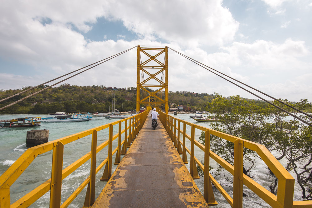 Nusa Lembongan tips nusa ceningang yellow bridge