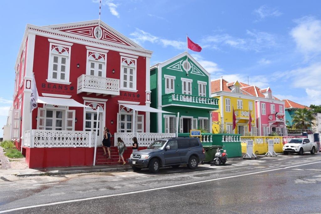 Ontbijt Curacao bij BijBlauw