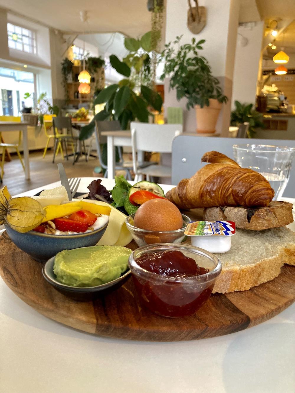 Wat te doen in Den Haag, Ontbijt bij Blossom