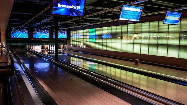 Ontdek cruisen bowlingbaan norwegian epic ervaringen