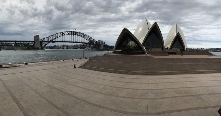 Opera house in sydney australie coronavirus