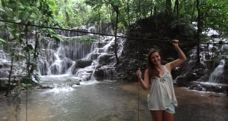 Palenque jungle waterval mexico