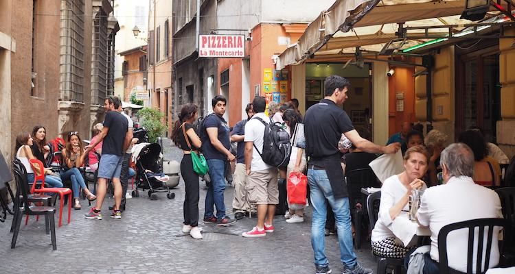 Pizza eten in Rome Montecarlo
