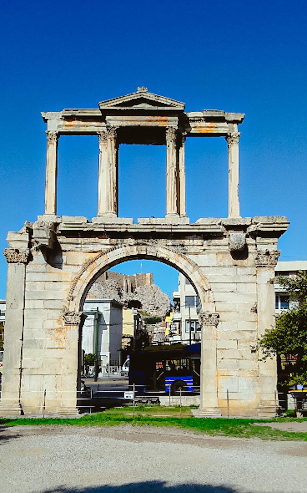 Poort van Hadrianus en het Olympieion