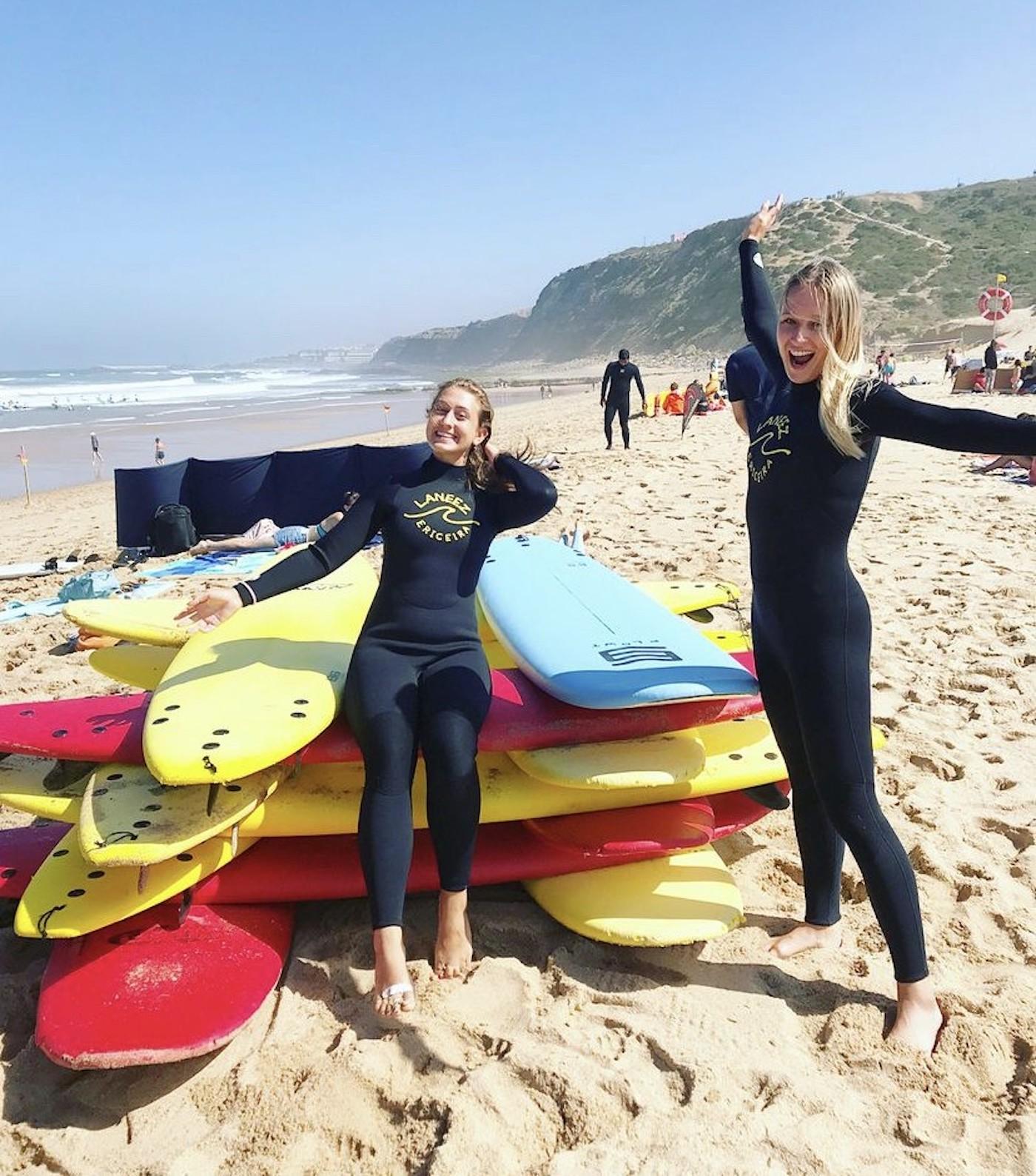 Leren surfen in Portugal