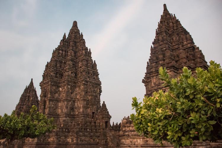 Prambanan tempel yogyakarta java zonsondergang_