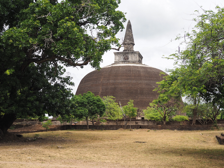 Rankot Vihara Polonnaruwa stoepa