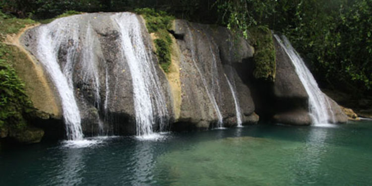 Reach Falls Jamaica watervallen