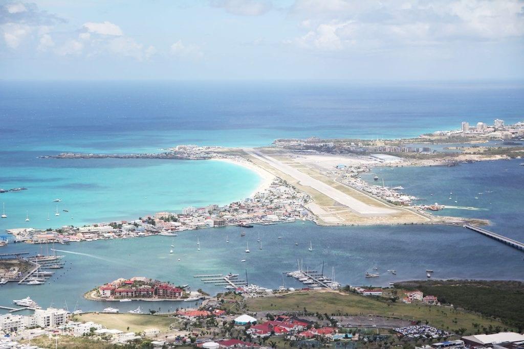 Reizen Sint Maarten na orkaan irma Juliana Airport