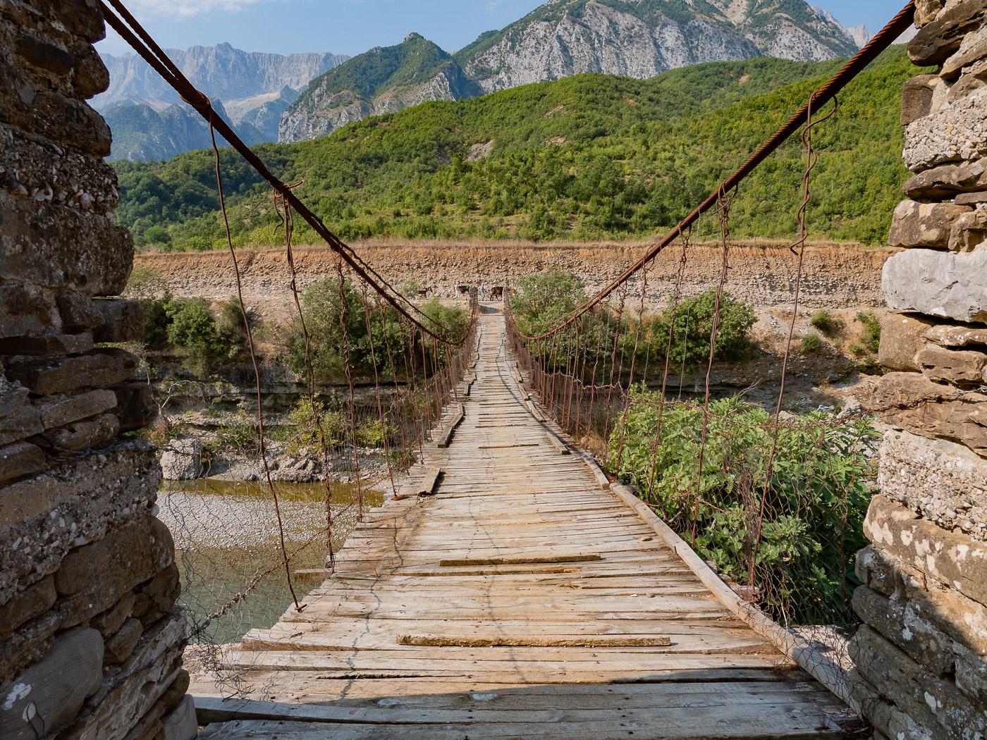 Roadtrip Albanie tips brug permet