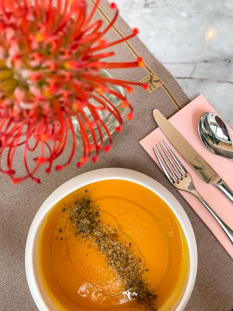Roode Leeuw high tea soep