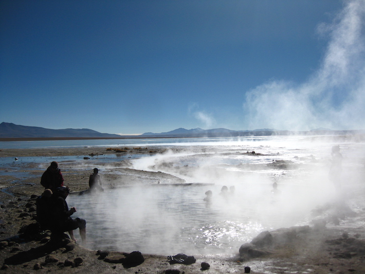 Salar de Uyuni bolivia 9 warmwaterbron Iris Timmermans