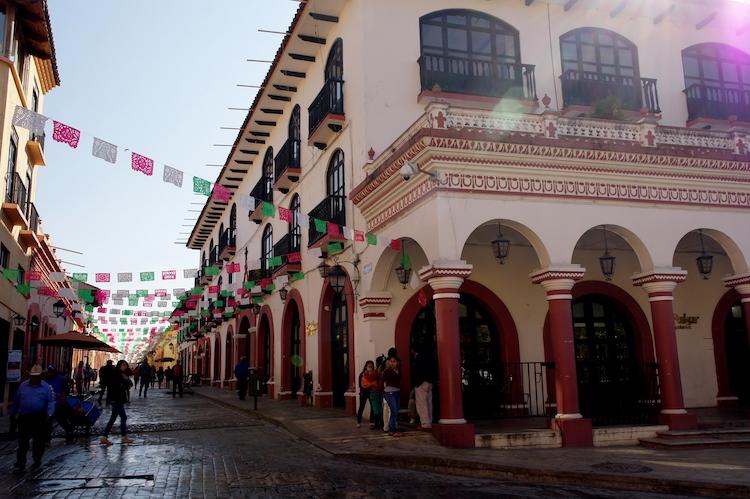 San Cristobal route door mexico
