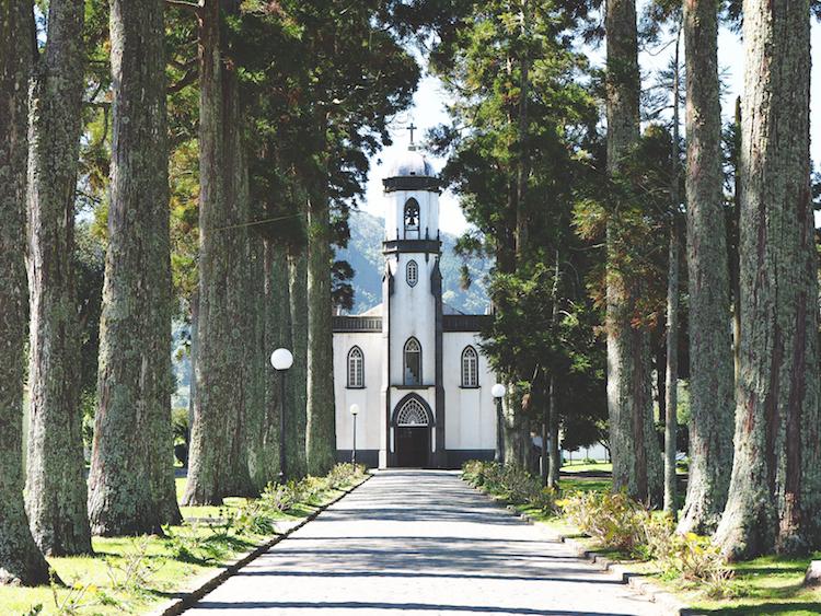 Sete cidades sao miguel São Nicolau Church