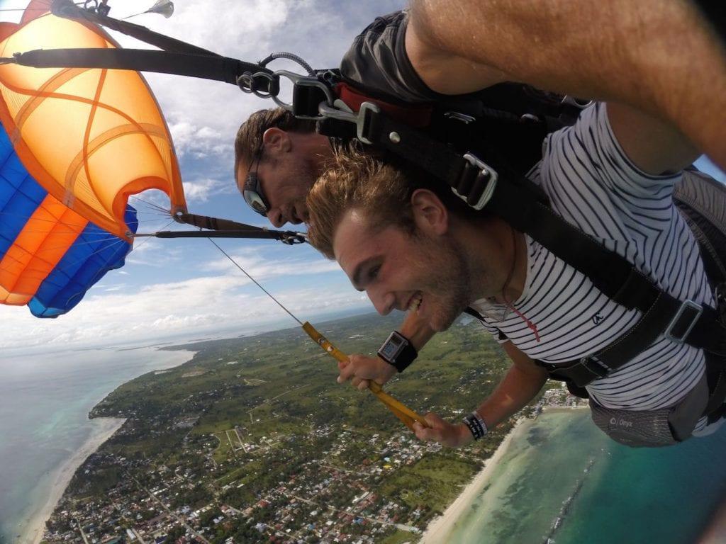 Skydive Cebu in de FIlipijnen