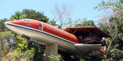 Slapen in een vliegtuig costa rica