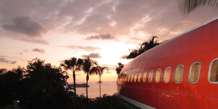 Slapen in vliegtuig costa rica