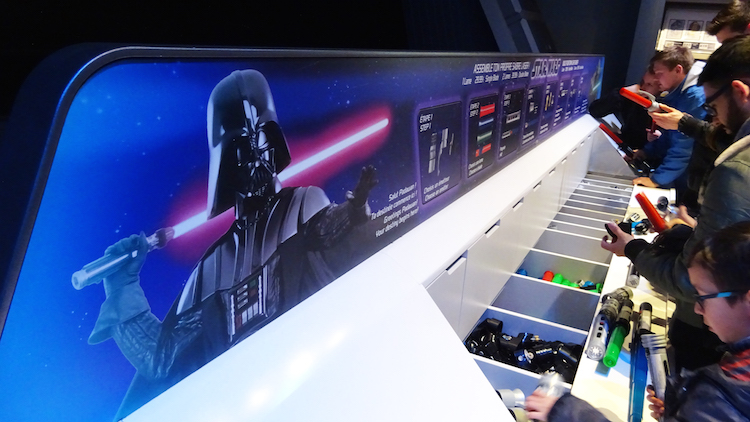 Star Wars disneyland parijs Bouw je eigen Lightsaber