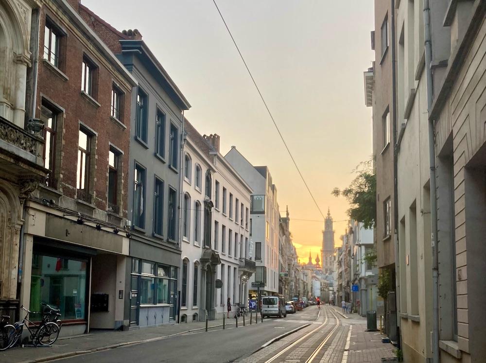 wat te doen in Antwerpen, zonsondergang