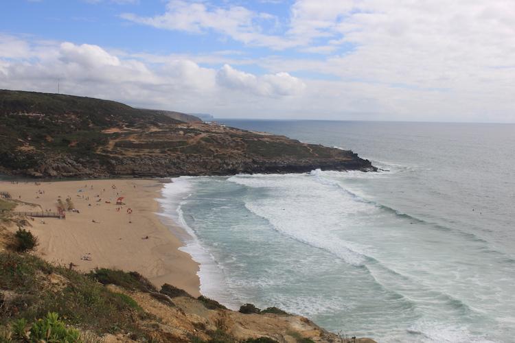 Strand in Ericeira Portugal surf beach