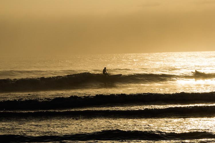 surfen-in-peru-huanchaco