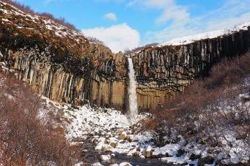 Svartifoss waterfal skaftafell falls ijsland