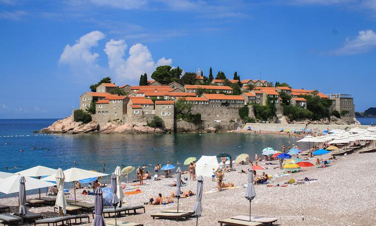 Sveti Stefan roadtrip Montenegro