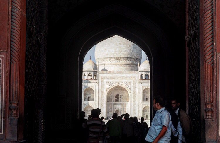 Taj Mahal backpack route India