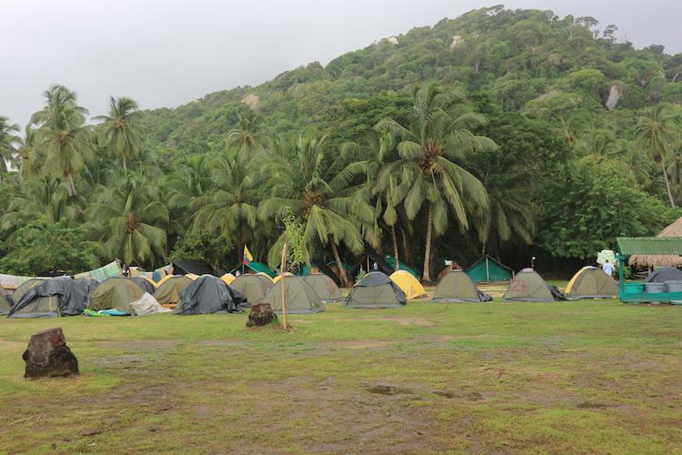 Tenten in Tyrona National Park backpacken colombia