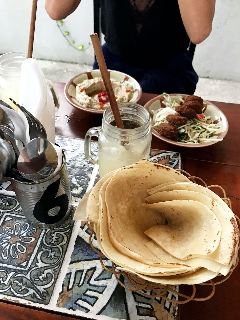 Weligama-The-Hummus-Bar