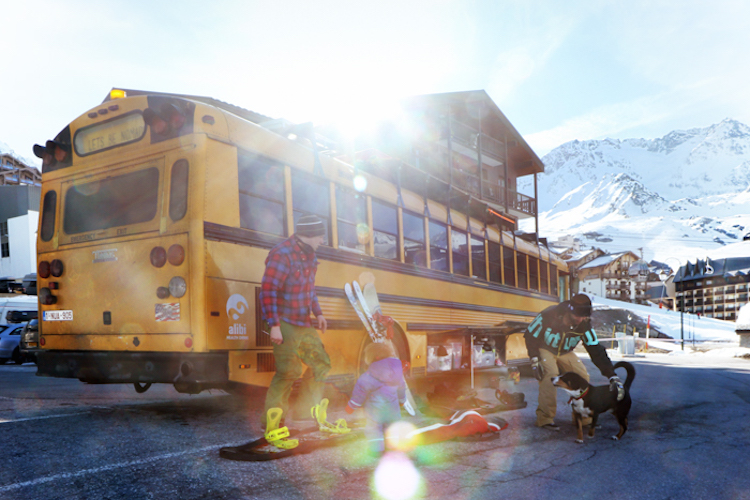 The Nomads Bus Val Thorens