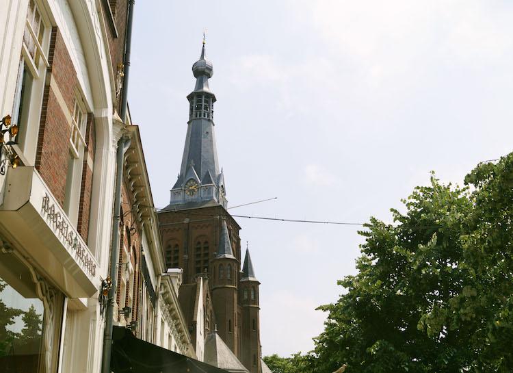 Tilburg wat te doen toren winkelstraat