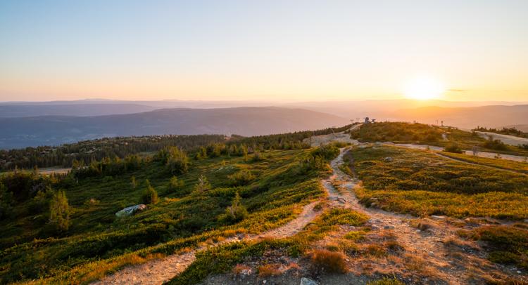 Uitzicht-noorwegen-zonsondergang-1