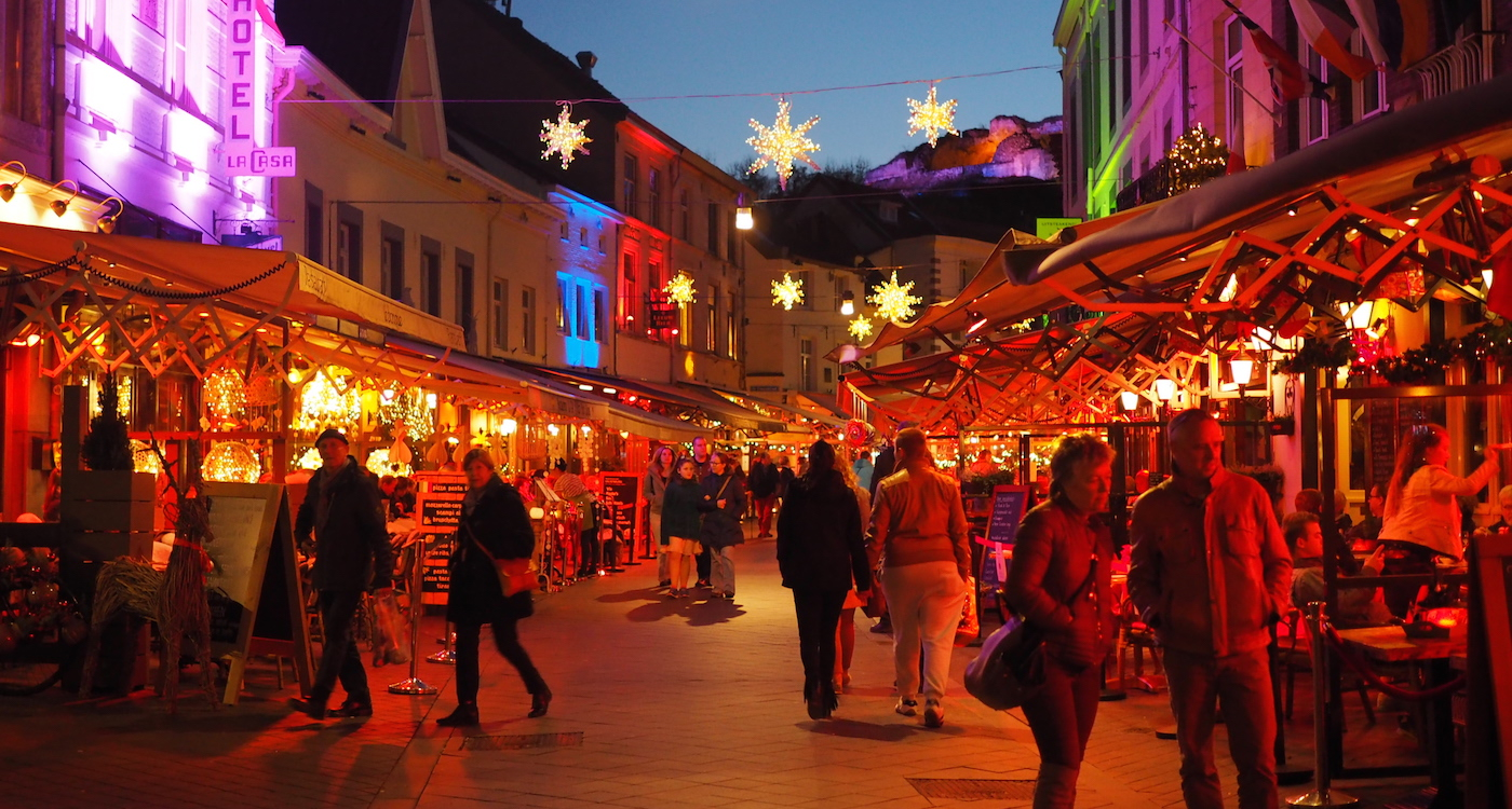 Kerstshoppen In Kerststad Valkenburg Wearetravellers