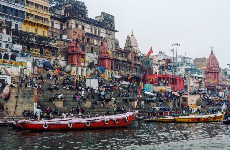 Varanasi backpack route India