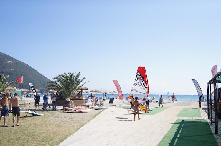 Vasiliki strand windsurfen lekfas vakantie tips