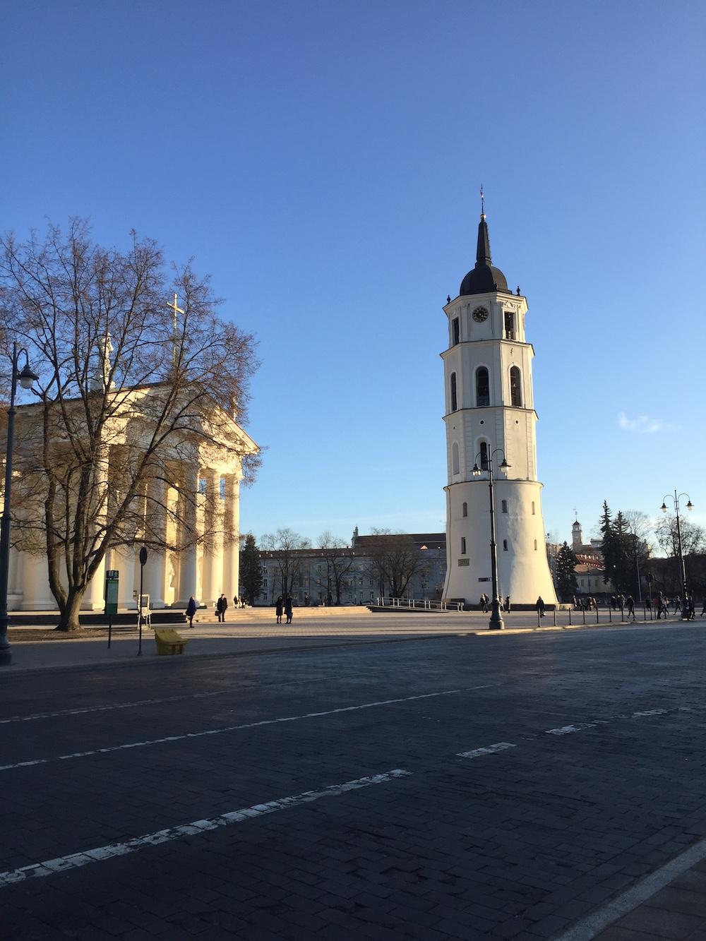 Vilnius bezienswaardigheden klokkentoren