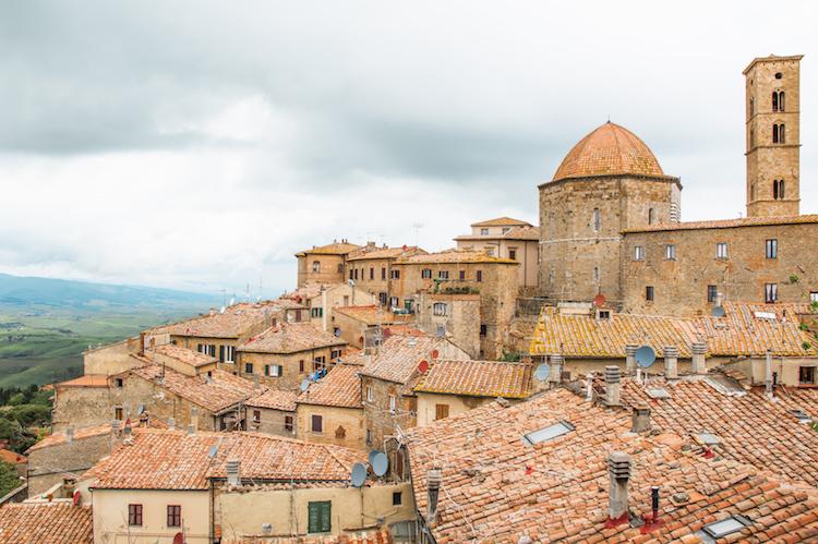Volterra stad bezienswaardigheden tips